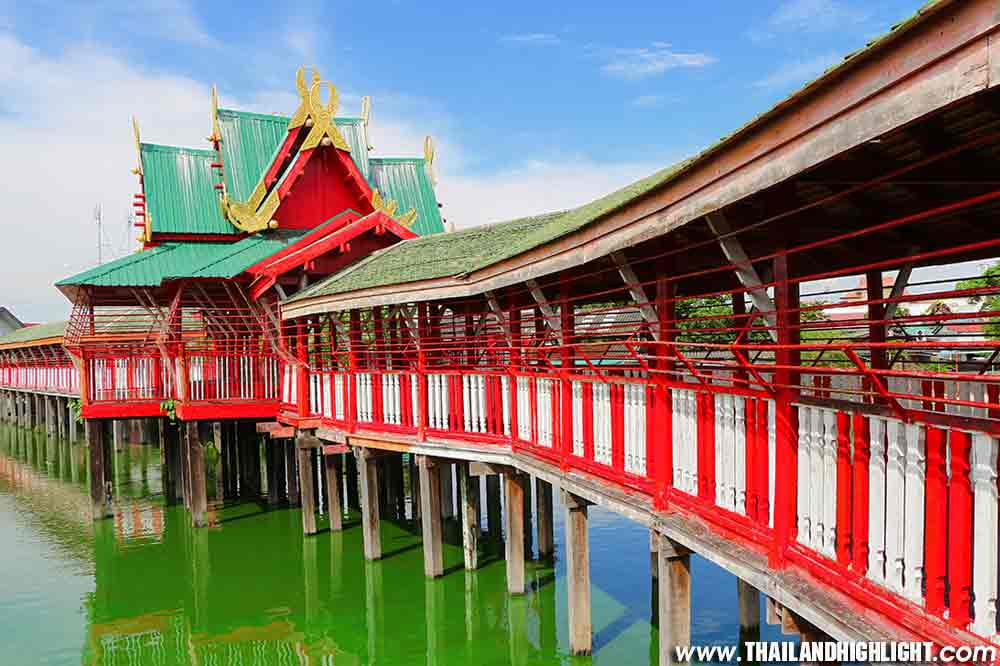 Crocodile Farm and Zoo Tour at Samutprakarn Bangkok Tour