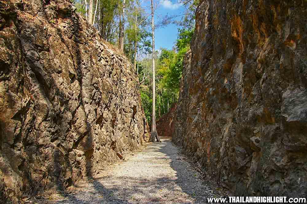 Kanchanaburi Trekking Package Tour 2 days 1 Nights from Bangkok