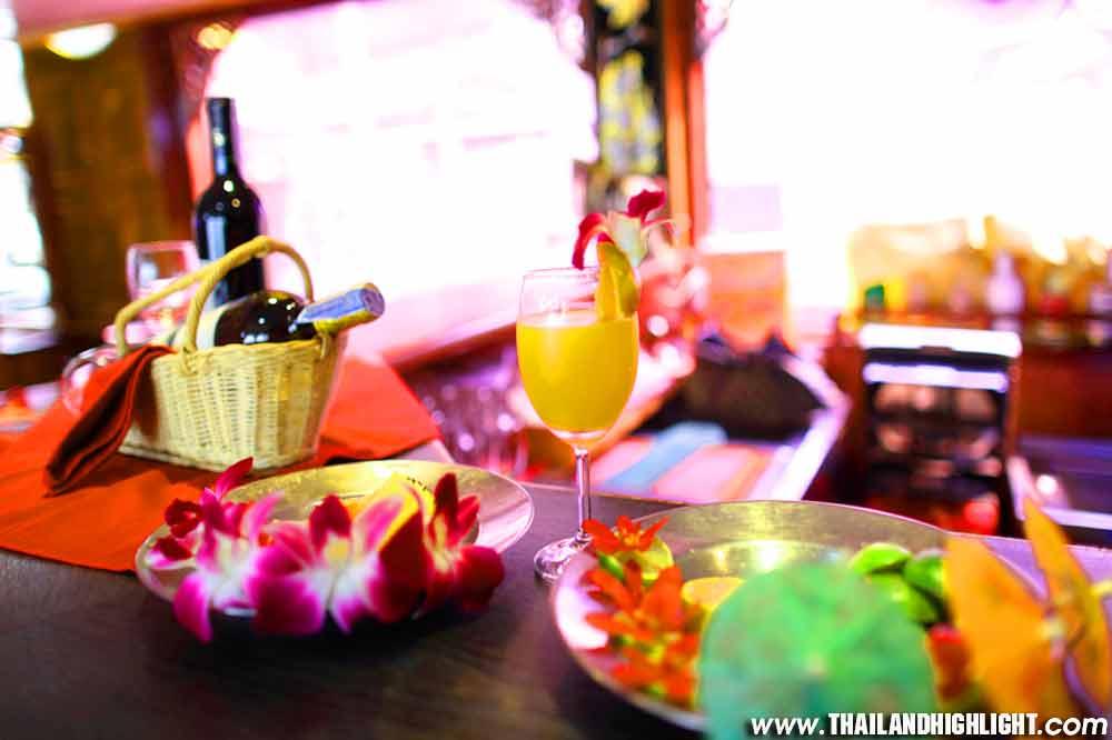 Morning River Cruise Bangkok Chaophraya River & Lunch