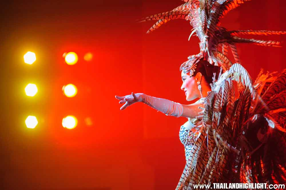 Famous night show Pattaya discount Alcazar Cabaret Show Pattaya ticket price booking online.Best one laday boy show must to see when you travel to Pattaya