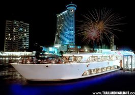 New Year's Eve celebration near me find to best place for countdown fireworks with Bangkok on New Year Eve Grand Pearl Cruise, Good spot to view fireworks