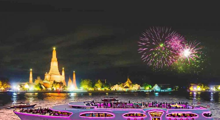 Countdown New Year Eve Gala Dinner Bangkok,recommend to Best Place for New Year Eve in Bangkok Wonderful Pearl Cruise. Luxury river restaurant 5-star NYE