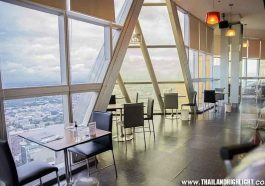 Best view sky restaurant with deliciose buffet lunch Bangkok at Baiyoke Sky Hotel at on 76th or 78th floor of Baiyoke Sky, booking discount ticket price