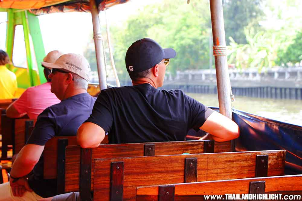 Explorer the Chao Phraya river with Chao Phraya Express Boat Trips Private Boat Tour Bangkok, Canal, Charm of Cultural and Thai Way of Life along the River