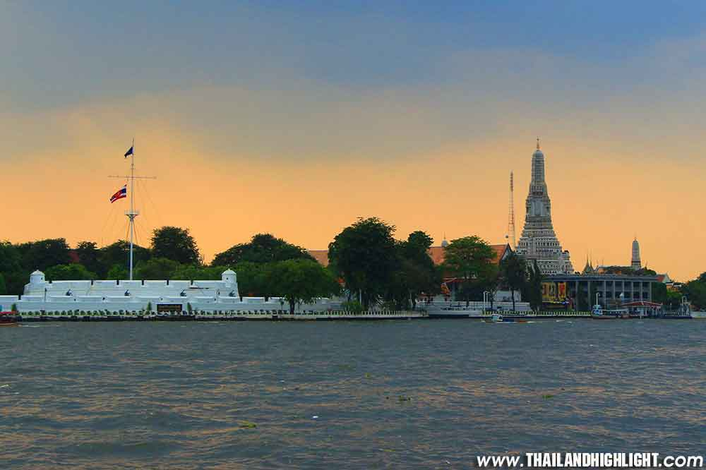 Booking Discount Promotion Price for Chao Phraya Sunset River Cruise Meridian Cruise, best Bangkok sunset views by Iconsiam river cruise with buffet, live